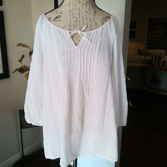 135a8329da2fa1 Liz Claiborne Tops - Liz Claiborne White Cotton Peasant Top. Sz. XL.